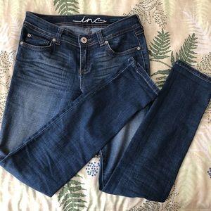 GUC Sz 2 INC Skinny Leg Regular Fit Jeans